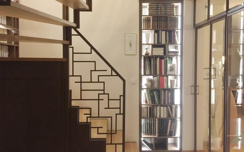 Entrée & escalier-bibliothèque Saint-Lunaire